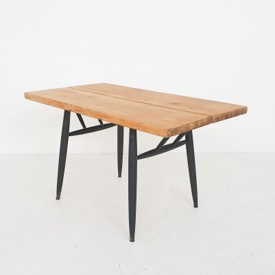 Ilmari Tapiovaara Pirkka dining table for Laukaan Puu Finnland, 1955
