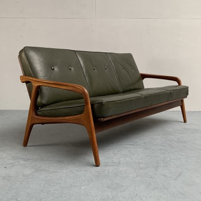 Mid-Century green leather teak sofa from Casala, Germany 1950s