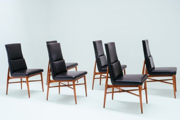 Set of 6 solid walnut dining chairs by Fred Sandra for Decoene, 1958