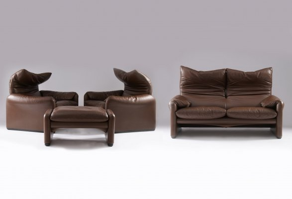 Brown/chocolate leather Maralunga seating group by Vico Magistretti for Cassina, 1990s