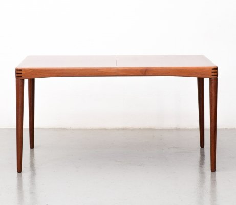 Teak dining table with extension by Henry W. Klein for Bramin, 1960s