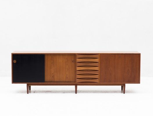 Sideboard A29 by Arne Vodder for Sibast Furniture, Denmark 1960