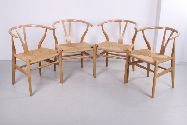 Set of 4 oak CH24 'Wishbone' chairs by Hans J. Wegner for Carl Hansen, 1960