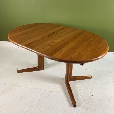 Vintage Danish extendable dining table by Korup