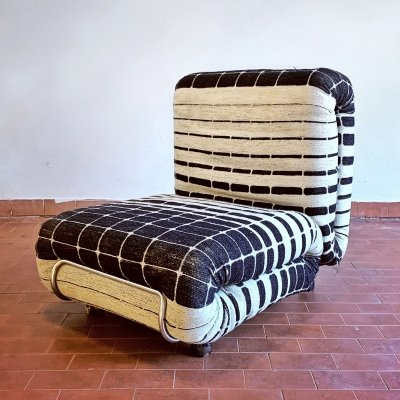 Optical lounge chair, Italy 1970s