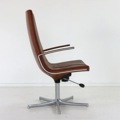 Leather chair by Bernd Munzenbrock for Walter Knoll
