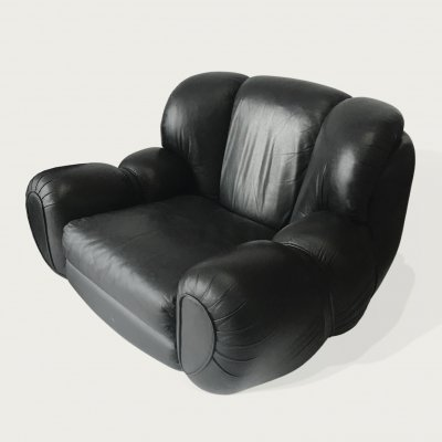 Pair of Italian black leather lounge chairs, 1960s