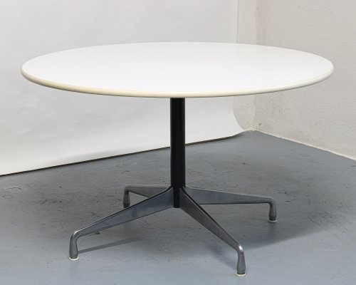 Dining table by Charles & Ray Eames for Herman Miller, 1960s
