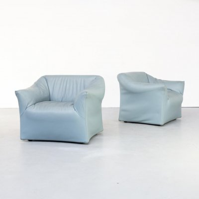 Pair of Mario Bellini model 685 lounge chairs for Cassina, 80s