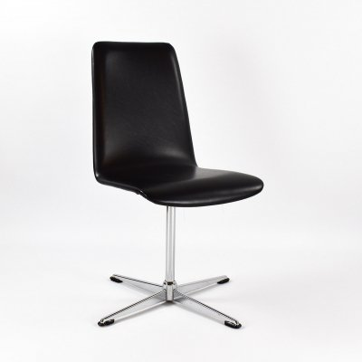 1970s Swivel Chair in Black Skai Leather & Chrome Base