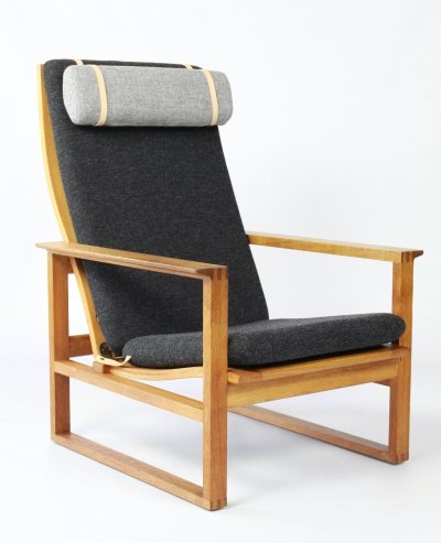2254 Lounge chair by Børge Mogensen for Fredericia Stolefabrik, Denmark