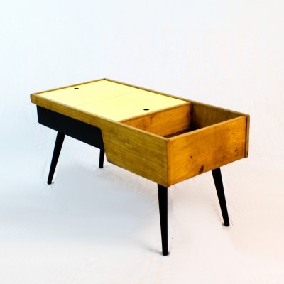 50's coffee table with storage & planter space