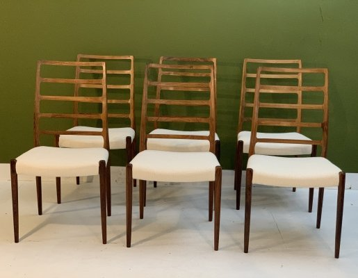 Vintage rosewood Model 82 dining room chairs by Niels O. Møller