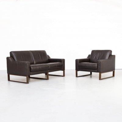 90s Brown leather two seater sofa & fauteuil