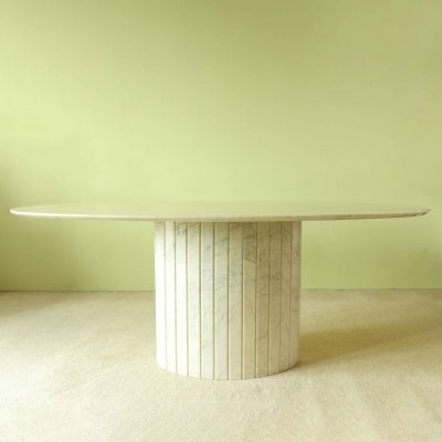 Oval dining table in marble, 1970's