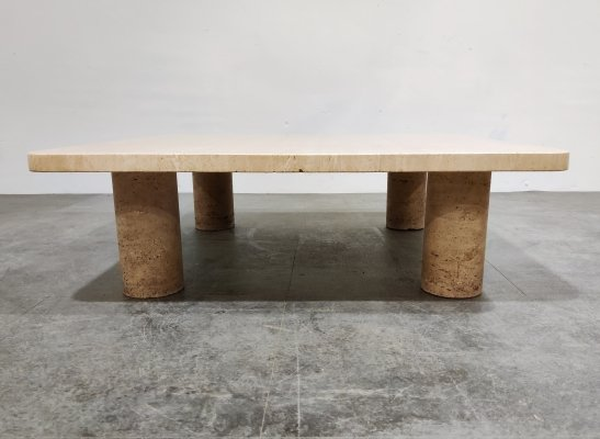 Angelo Mangiarotti Travertine Coffee Table for Up&Up, Italy 1970s
