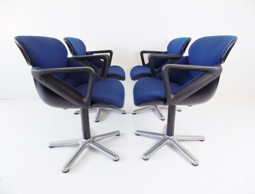 Set of 4 Wilkhahn model 190 dining chairs by Hans Roericht