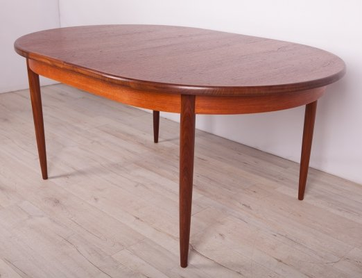 Mid Century Teak Dining Table from G-Plan, 1960s