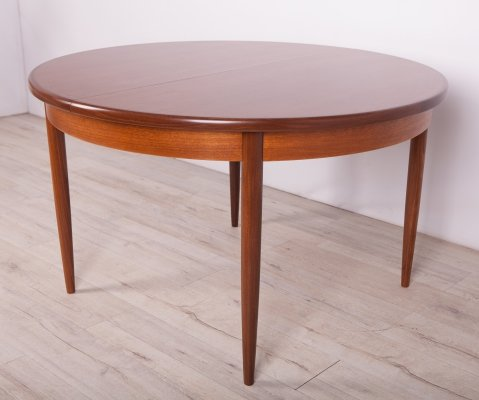 Mid Century Teak Round Fresco Dining Table from G-Plan, 1960s