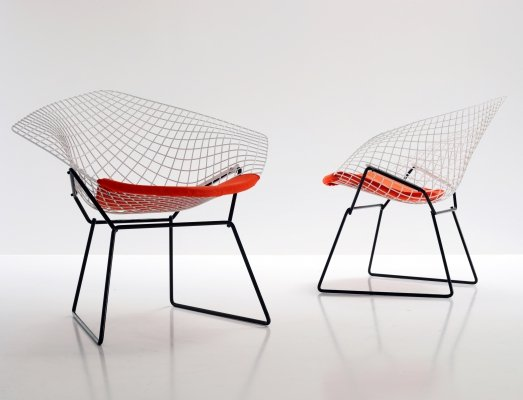 Pair of Diamond arm chairs by Harry Bertoia for Knoll, 1980s