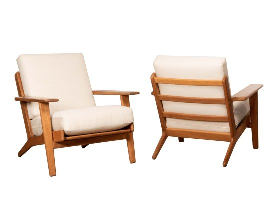 2 x GE290 lounge chair by Hans Wegner for Getama, 1970s