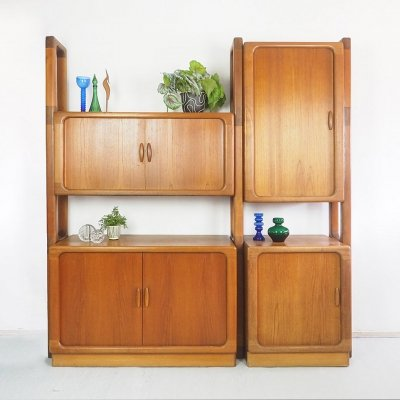 Danish design teak wall unit in teak by Dyrlund, 1960's