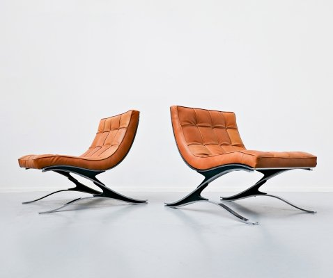 Pair of steel & leather Italian lounge chairs by Pizzetti, 1970s