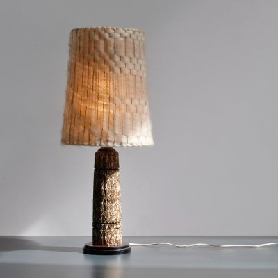 1950s table lamp with a decorative base & wool shade