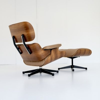 Eames Lounge Chair + Ottoman Model 670 & 671