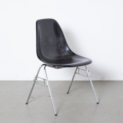 Eames for Herman Miller DSS stacking side chair in black