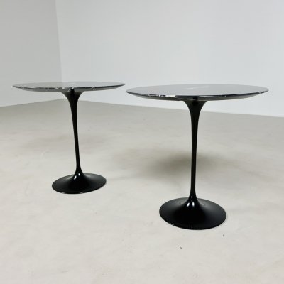 Set of 2 Tulip side tables by Eero Saarinen for Knoll International