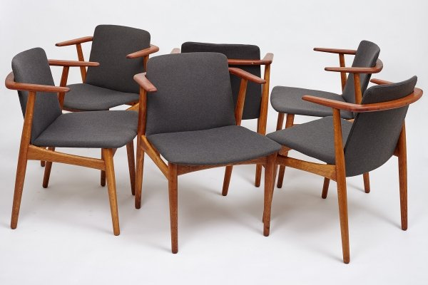 Set of 6 dining chairs by Hans Olsen for N.A. Jørgensens Møbelfabrik