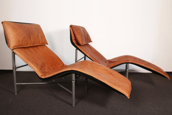 Pair of 1980s leather Skye Loungers by Tord Björklund for IKEA