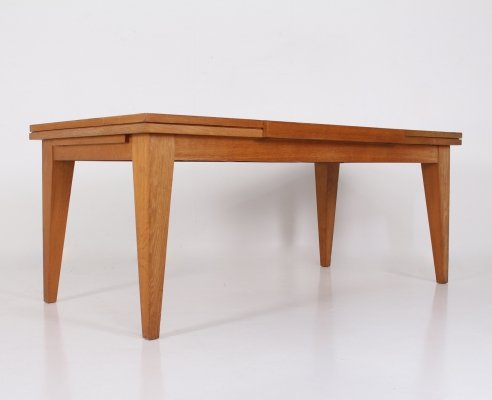 Modernist reversible extendable blond oak & laminate table, 1950's