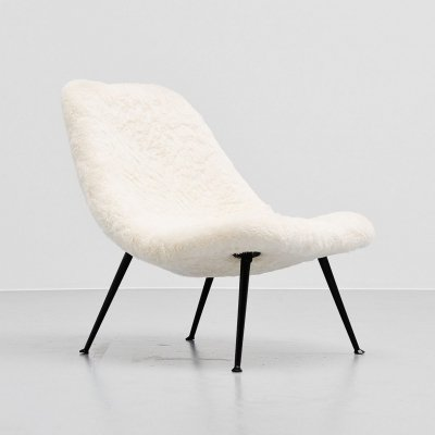 Theo Ruth for Artifort 122 lounge chair in Alpaca wool, 1956