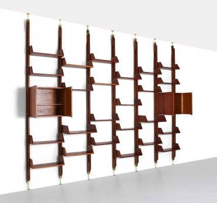 Italian High-End Wall Unit in Walnut, 1960