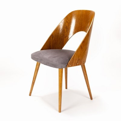 Wooden chair by Antonin Šuman for Tatra, 1960s