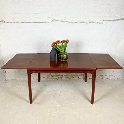 Extendable teak dining table by Henning Kjærnulf for Vejle Stole Møbelfabrik