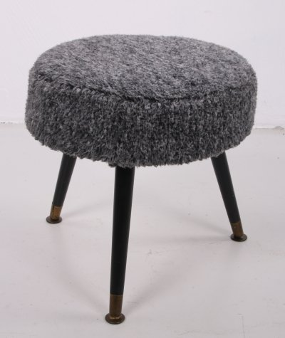 Vintage side stool with wooden legs, 1960s