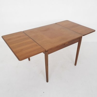 Teak quare extendable dining table by Pastoe model TT24, The Netherlands 1950's
