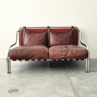 Gae Aulenti Stringa two-seater sofa for Poltronova