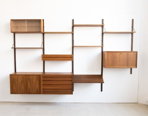 Wall unit in walnut by Poul Cadovius, 1960s