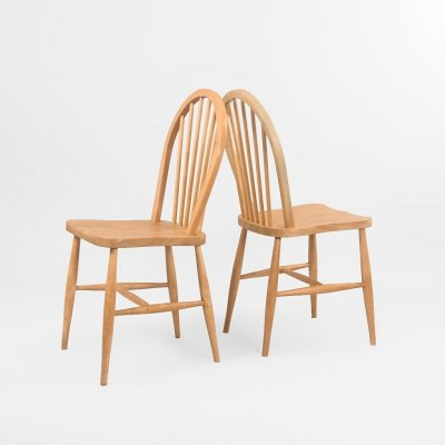 Set of 2 Windsor chairs by Lucian Ercolani for Ercol, UK 1960's