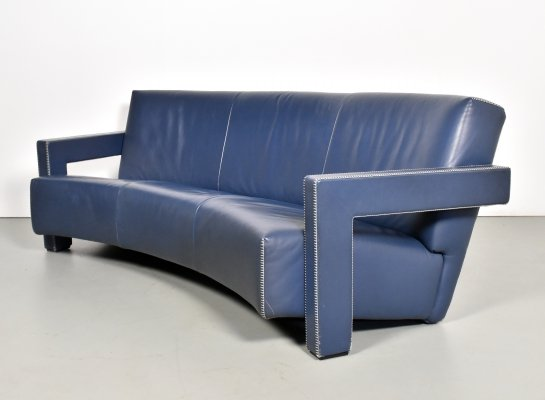 Gerrit Rietveld 637 curved Utrecht sofa in blue leather for Cassina, 1990s