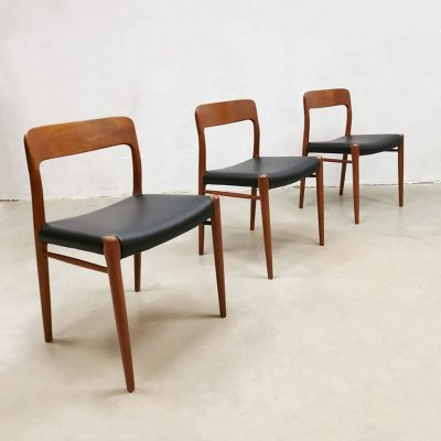 Set of 3 midcentury design dining chairs by Niels Moller Møbelfabrik