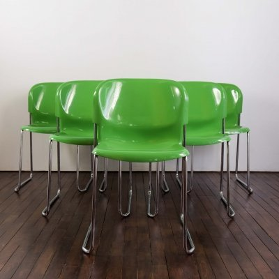Set of 6 stackable Drabert chairs in green plastic designed by Gerd Lange