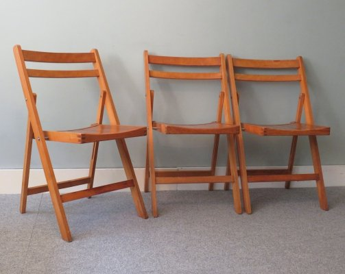Wooden folding chairs, 1970