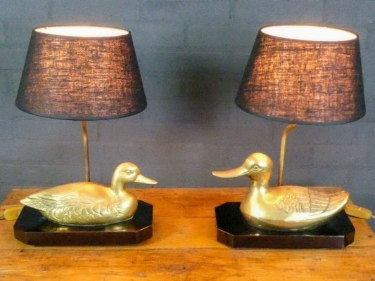 Set of 2 French bronze table lamps with duck