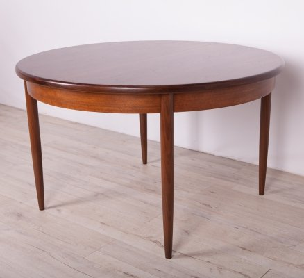 Mid-Century Teak Round Fresco Dining Table from G-Plan, 1960s