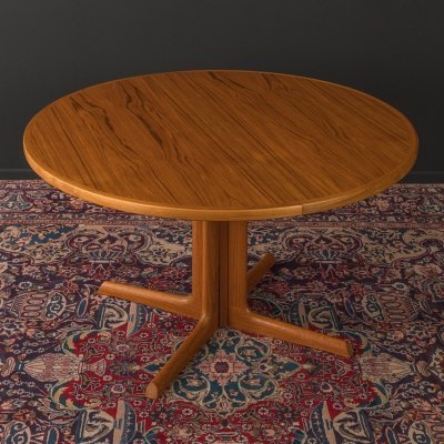1960s dining table by Gudme Møbelfabrik